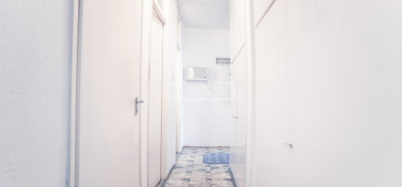 Eladó lakás, Budapest, Topánka utca, közlekedő